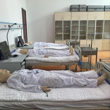 高级情景护理实训室